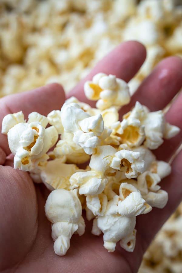 Handful of popcorn - Salt and Vinegar Popcorn
