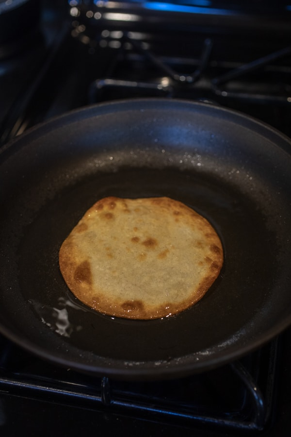 Frying tortillas for tostadas