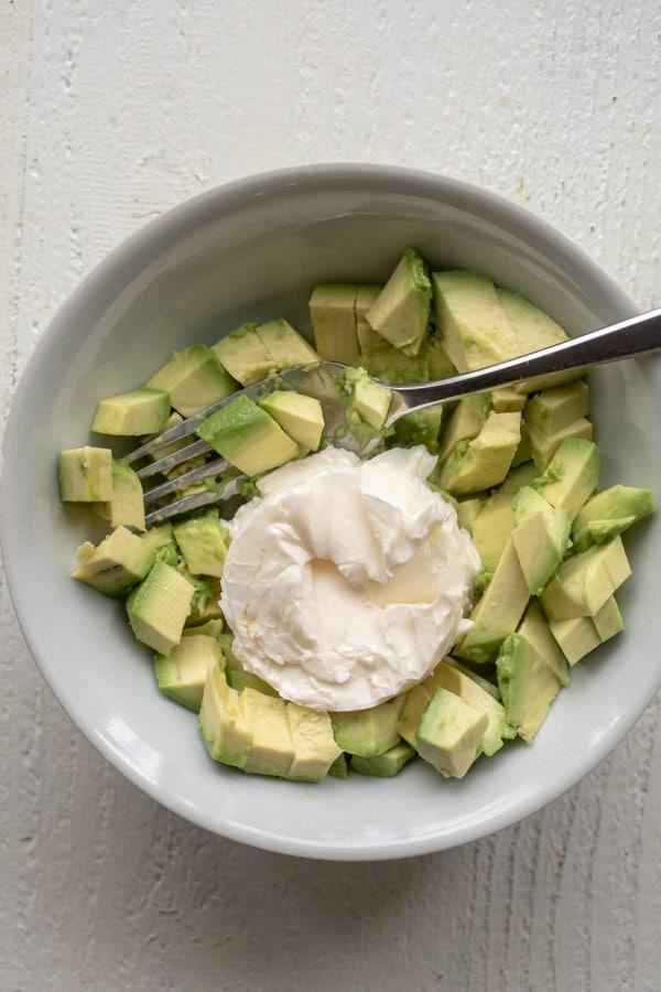 Mashing method for avocado butter spread