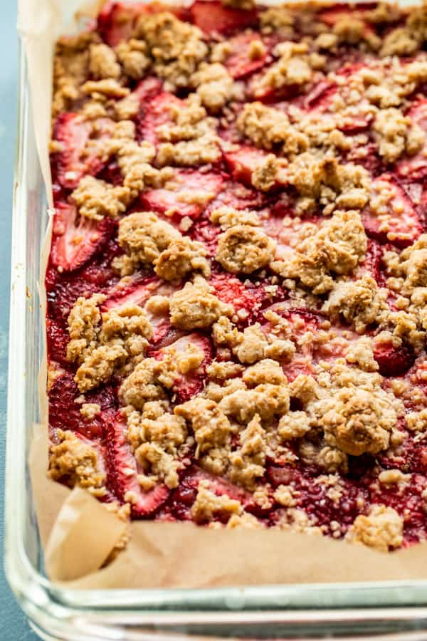 baked Strawberry Dessert Bars