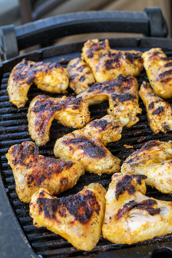 Slow grilled chicken wings