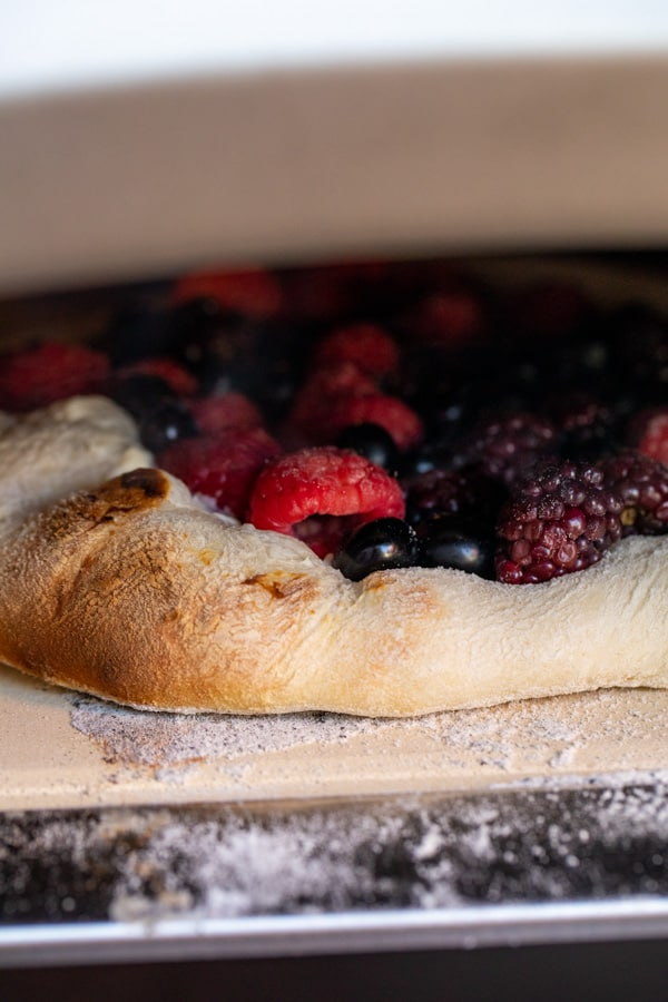 Cooking Berry Dessert Pizza in the Ooni